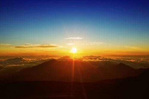 Tả Cảnh Mặt Trời Mọc ở Qu 234 Em