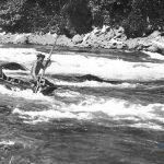 Phân tích vẻ đẹp độc đáo dòng sông Việt Nam qua Người lái đò sông Đà và Ai đã đặt tên cho dòng sông, Các bạn tham khảo nhé!