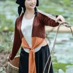 Hình ảnh người phụ nữ Việt Nam qua hai bài thơ Tự Tình (II) của Hồ Xuân Hương và Thương vợ của Tế Xương
