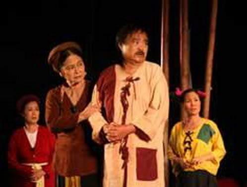 """Bài tham khảo: Phân tích bi kịch của Trương Ba trong tác phẩm """"Hồn trương ba,da hàng thịt""""-Lưu Quang Vũ."""