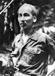 Bài mẫu: Trình bày quan điểm sáng tác văn học của tác giả Hồ Chí Minh.