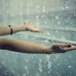 Bài văn mẫu: Em hãy tả một cơn mưa lớp 5