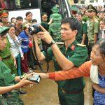Tả lại quang cảnh buổi đưa tiễn người thân lên đường thi hành nghĩa vụ quân sự