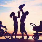 """Suy nghĩ về: """"Hạnh phúc không chỉ là được cha mẹ quan tâm. Hạnh phúc còn là quan tâm tới cha mẹ"""""""